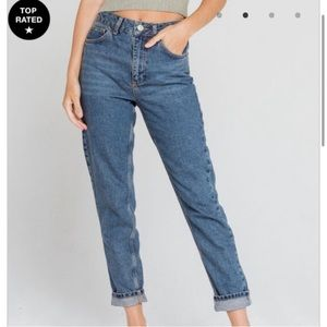 Urban Outfitters BDG Mom Jeans- Size 29